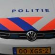 DOKKUM – Op de Markt in Dokkum werd in de vroege zondagochtend een 18-jarige jongeman uit die plaats aangehouden. Hij wordt verdacht van mishandeling. Agenten werden zondagochtend aangesproken door een […]
