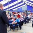 EE – Afgelopen weekend heeft de VV Oostergo gevierd dat het op 28 juli 50 jaar bestond. Het feest begon op vrijdagavond met een receptie. Ceremoniemeester Egbert Douma kon in […]