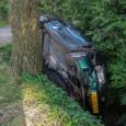 SURHUIZUM - Bij een ongeval op It Langfal in Surhuizum zijn zaterdagavond 4 kinderen en de bestuurder van een personenauto in de sloot beland. Het ongeval gebeurde rond de klok […]