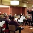 KOLLUM – Maandagavond heeft brassband Wilhelmina een concert gegeven voor de bewoners in Meckama State. Dit keer een gevarieerd programma, met o.a. Hello Dolly, Thriller en liederen uit het boekje; […]