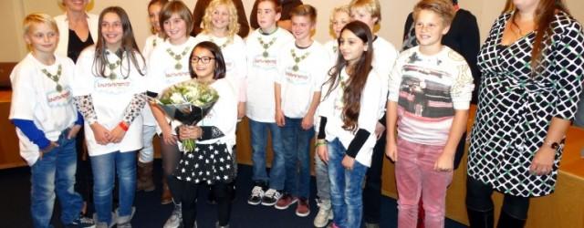 DOKKUM – De raadszaal in Dokkum was op woensdag 29 oktober een keer niet het toneel van politici, maar van leerlingen uit groep 7 en 8. Zij kwamen met familie, […]