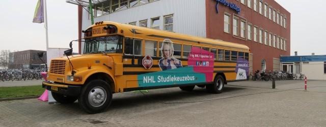 BUITENPOST – Op dinsdag 24 maart brachten de voorlichters van de Noordelijk Hogeschool Leeuwarden in een authentieke Amerikaanse schoolbus een bezoekje aan het Lauwers College te Buitenpost. Deze voorlichtingsinspanning bleef […]