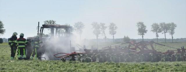 WESTERGEEST – Op deBeintemawei te Westergeest is dinsdagmorgen in een weiland een tractor uitgebrand. De tractor was bezig met het gras te schudden. Toen de brandweer van Kollum ter plaatse […]