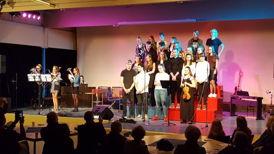 Spetterend OMT bovenbouw muziek Lauwers College