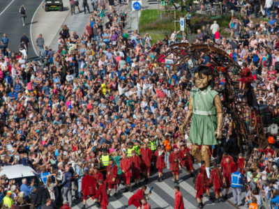 Friday - The Giants of Royal de Luxe - People - Lucas Kemper 2