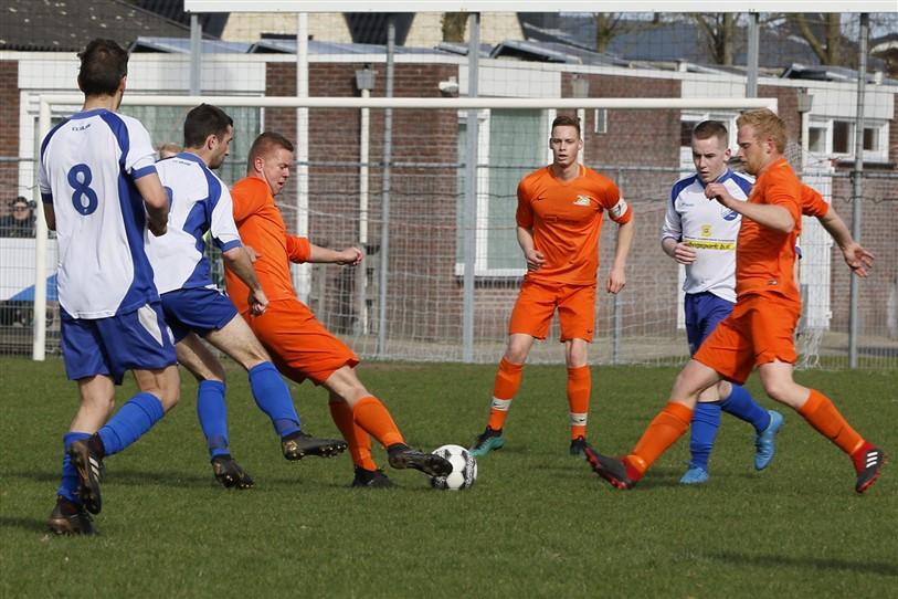 VV Kollum na meeslepend duel langs VV Anjum