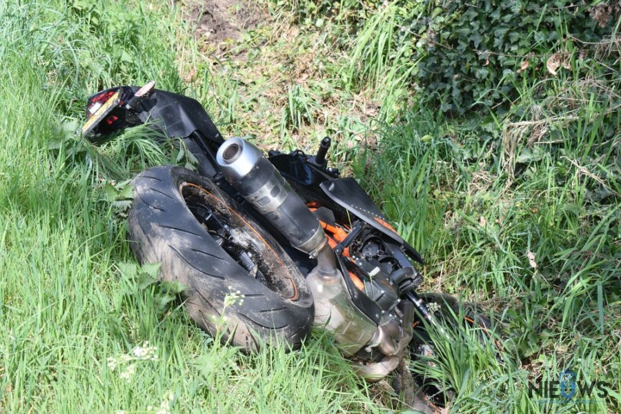 Motorrijder gewond na botsing op Skieding bij Drachterscompagnie
