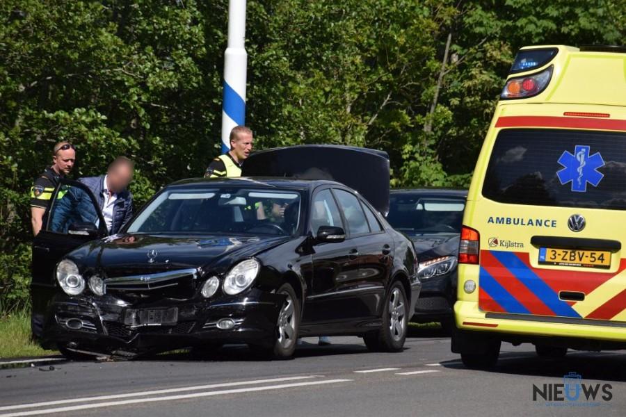 Photo of Auto's in botsing op N355 bij Kootstertille