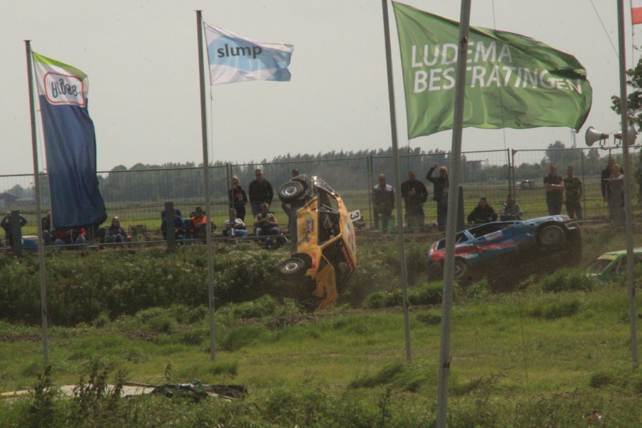 Photo of Pinkstermaandag autocross Kollum goed bezocht