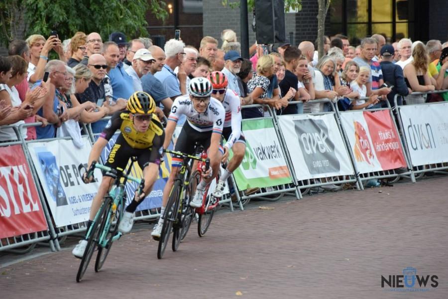 Photo of Steven Kruijswijk wint profronde in Surhuisterveen