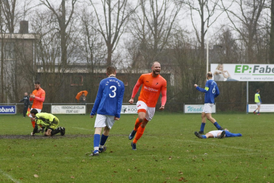 Photo of VV Kollum legt vv Nijland over de knie