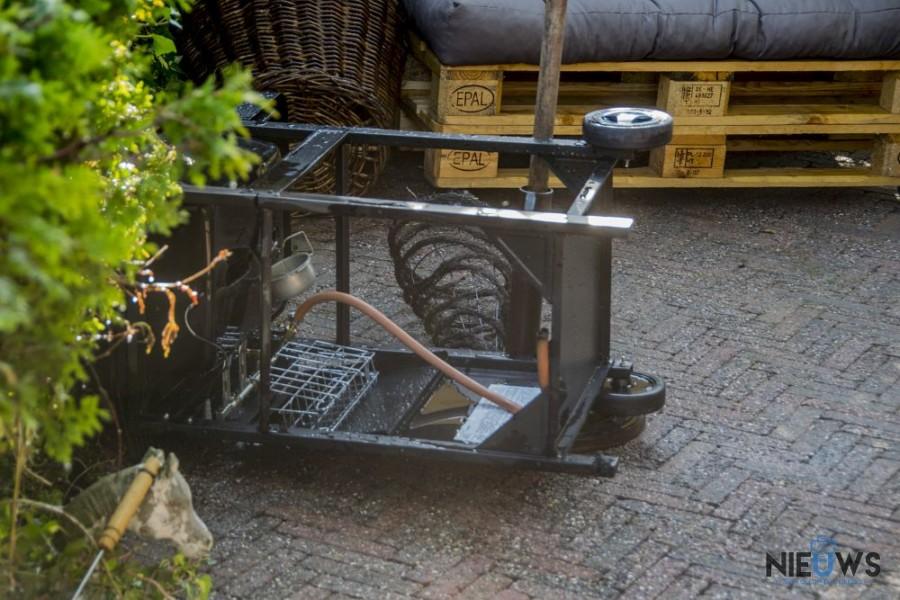 Photo of Beginnende barbecue eindigt met brand