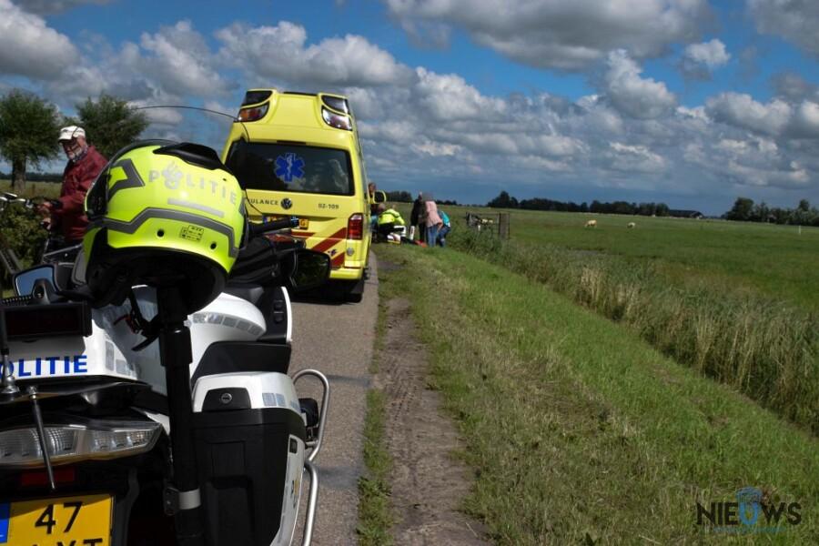 Photo of Wielrenner gewond na aanrijding met auto