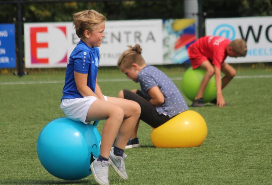 Photo of Ruim 70 kinderen bij instuif VV Buitenpost