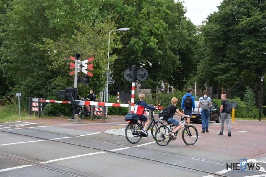 Photo of Geen treinen tussen Hurdegaryp en Zuidhorn vanwege overwegstoring (update)
