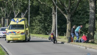 Photo of Passagier motor gewond bij botsing met auto