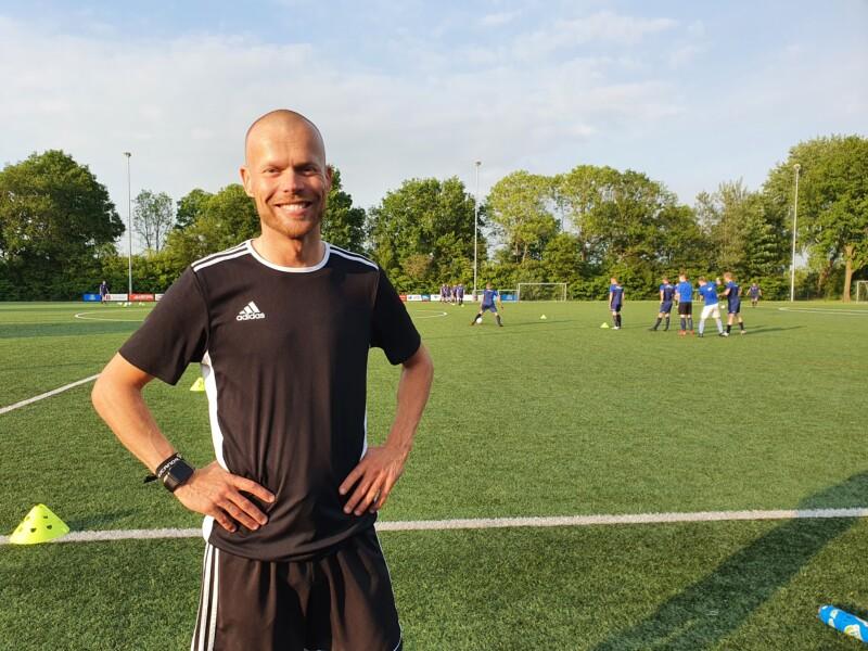 Jan Faber stagiair bij VV Buitenpost
